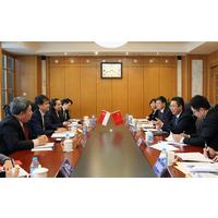 申长雨在京会见新加坡知识产权局局长邓鸿森一行