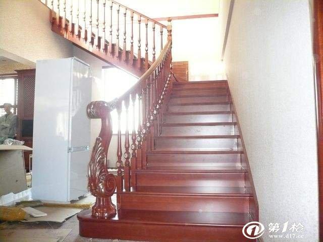 楼梯怎么验收