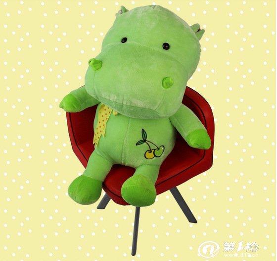 毛绒玩具水果河马大号公仔可爱娃娃创意抱枕女生生日礼物批发供应