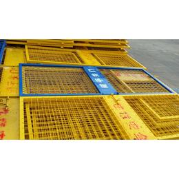 求购建筑工地使用1.8米高喷塑电梯门