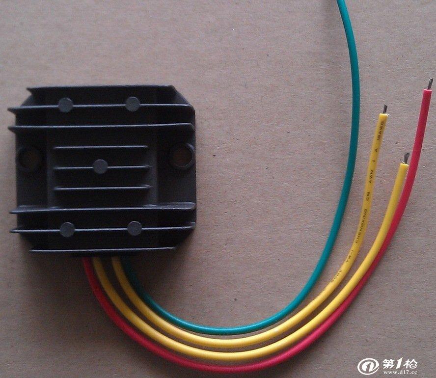 供应单相12v240w控制器 风力发电机 充电控制器 稳压器