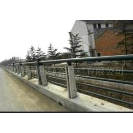 新綠谷供應防老化鑄造石欄桿 河道護欄 防護欄縮略圖