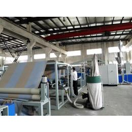 TPR PVC TPE宽幅地毯覆膜涂胶生产线万博manbetx官网登录
