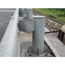 贵州贵阳众达交通设施喷塑波?#20301;?#26639;护栏板加工那家发货速度快