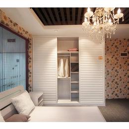 和祥整体衣柜 现代简约木质 衣柜家具定制