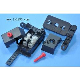 龙三塑胶配线器材厂供应012接线盒物美价廉赶快行动