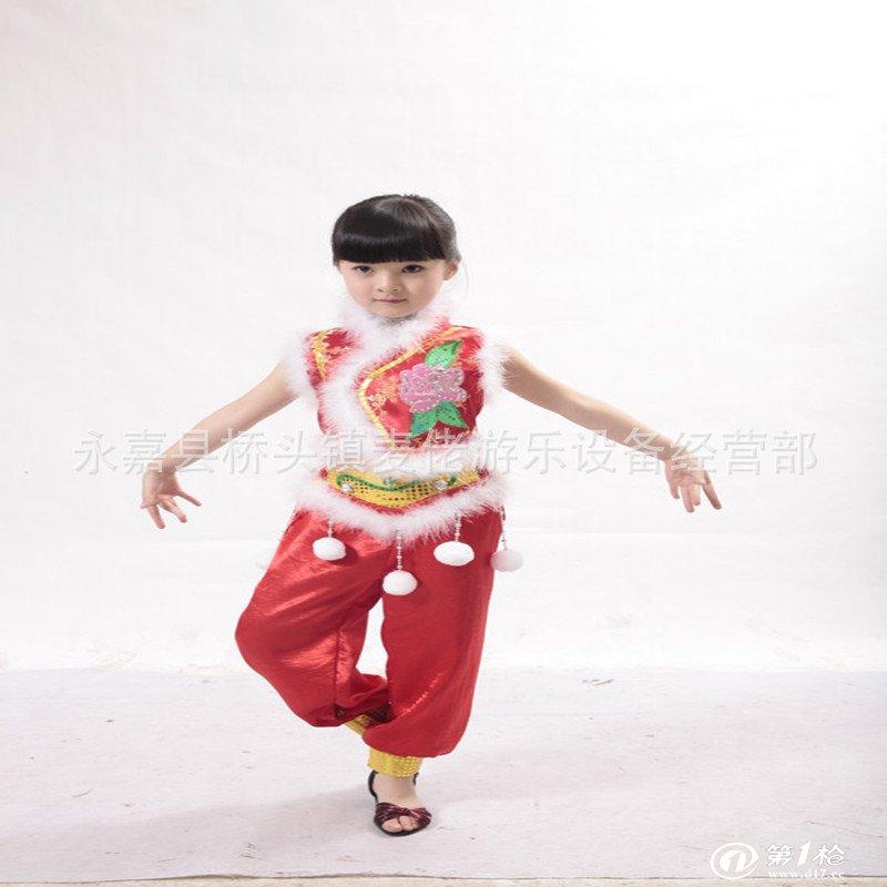 幼儿园关于圣诞节服装装饰图片