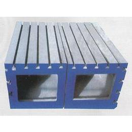 厂家低价供应300-800铸铁方筒.铸铁T型槽方箱