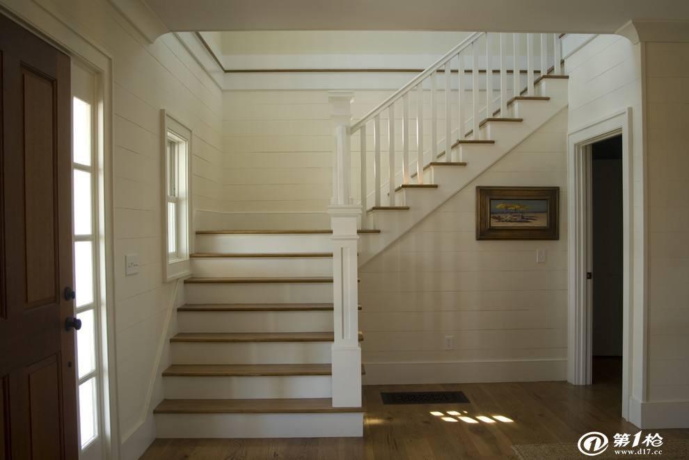 楼梯怎么选购与保养