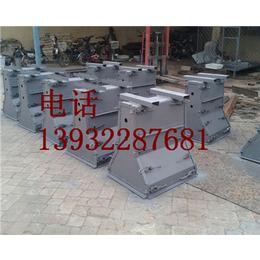 水泥隔离墩钢模具 价格