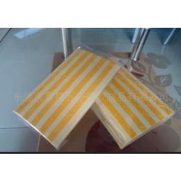 厂价批发定做各种PVC相角贴纸