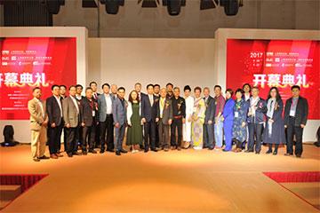 2017第五届上海国际职业装博览会盛大开幕,首日盘点精彩!