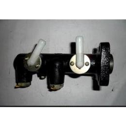 汽车液压制动泵