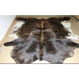 供应时尚欧式别墅牛皮地毯 巴西进口品牌牛皮地毯 牛皮地毯批发