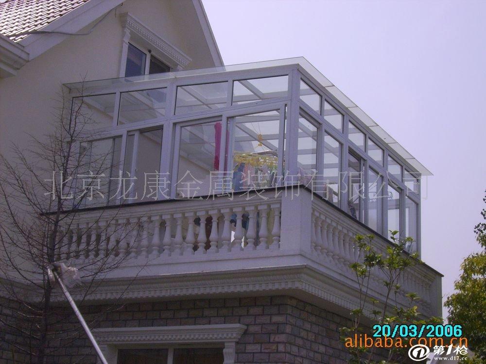 """六,伸缩门类:""""博艺诚信""""各样式伸缩门  七,彩钢,钢结构类:屋顶加层"""
