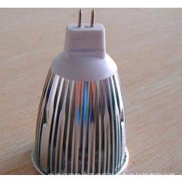 厂家直销6W LED射灯MR16 3*2W