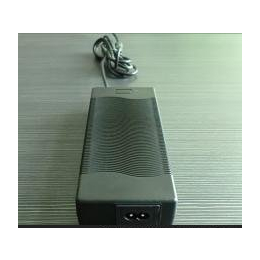 12.6V 10A 带PFC动力锂电池充电器