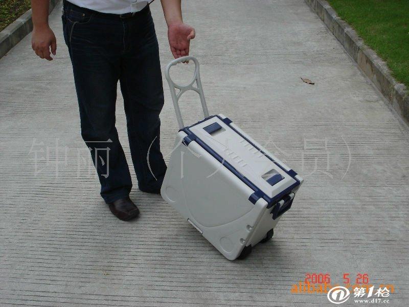供应滑翔翼冰桶手提便携式折叠桌椅保温箱保温桶冰筒