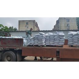 滨州金刚砂耐磨材料撒料均匀每公斤用料多重