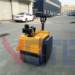 福建柴油座驾式振动压路机使用方便河南小型座驾式振动压路机越