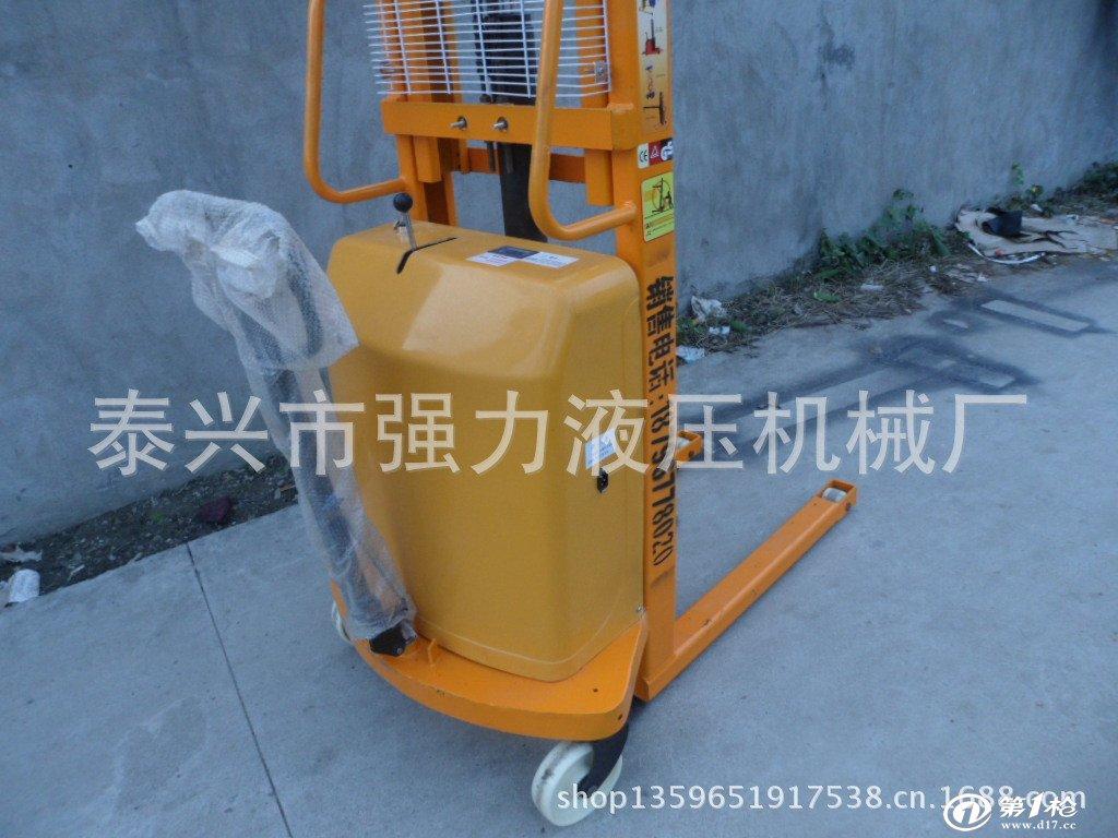 6米插电式半电动液压堆高车 堆高机 装卸车图片