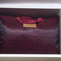 爱心布艺家纺-大红色棉被销售
