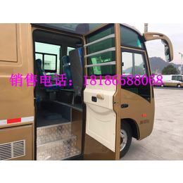 东风超龙厢式货车客货两用厢式货车载客式厢式货车价格