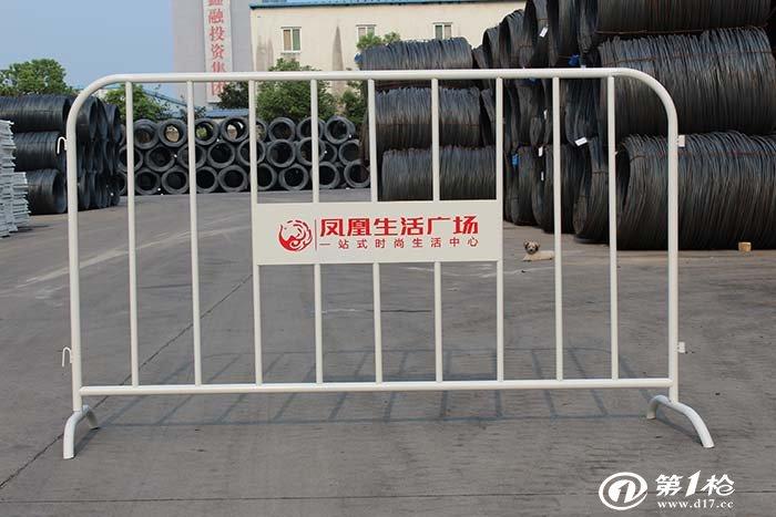 建材与装饰材料 防护,市政设施 护栏/围栏/栏杆 安徽饰界镀锌圆管喷塑