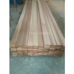 供应厂家直销红雪松免漆扣板就快来程佳木业