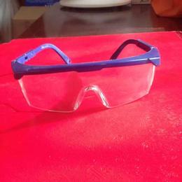 优质防护眼镜 批发零售安全防护眼镜 防紫外线眼镜价格