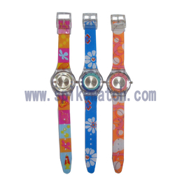****手表厂家生产定制时尚三叉款斯沃琪手表