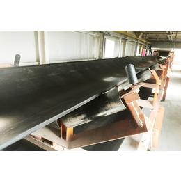 看煤矿皮带输送机托辊知设备性能 嵩阳煤机