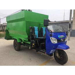 山东隆博生产厂家(多图)-羊场电动撒料车价格-电动撒料车