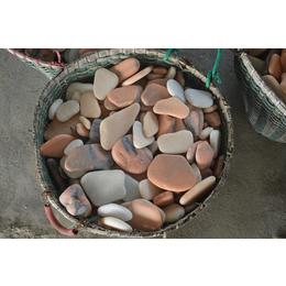 南召鹅卵石子 黑石子亚博国际版  对园林能起到局部点缀作用