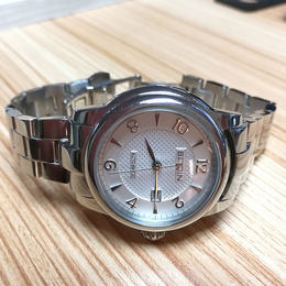 广东鑫柏琴品牌手表批发安全可靠
