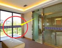 客厅腰线万万别用这种瓷砖,邻居进门就说像厕所