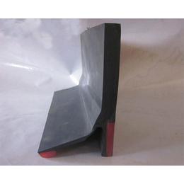 T型导料槽用防溢裙板宇成低利润销售