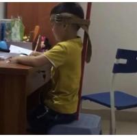 专用课桌椅对孩子成长的重要性