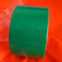 用胶粘剂具体有哪些方法修补篷布呢?