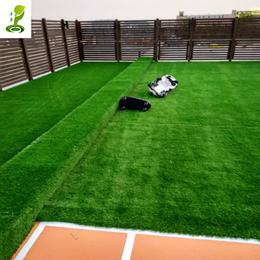 广州淡绿地垫展览绿化人工草皮阳台酒吧假草婚礼PE塑料人造草