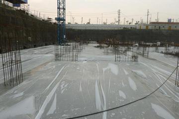 冬季施工混凝土养护方法和注意事项