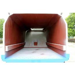 污泥场拉含水污泥的车-后八轮20吨22吨污泥运输车售价说明