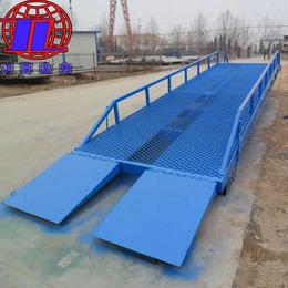 金力机械厂家直销(图)-移动式登车桥多少钱-新乡移动式登车桥