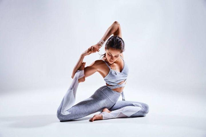 颈部护理怎么做?快尝试一下瑜伽体式