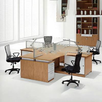 四人位玻璃屏风办公桌
