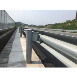 乡村公路钢板波形护栏  宏利护栏厂家