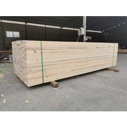 常年供应各种规格木材加工按需定制