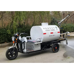 农用三轮车洒水车生产厂家-河南惊鸿环保机械公司