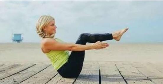 告别千年老腰就从半船式瑜伽的练习开始吧