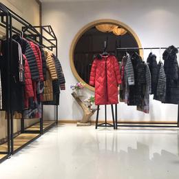 梵衣莉语宝莱国际冬羽绒服品牌折扣女装深圳一线大牌直播间供应链